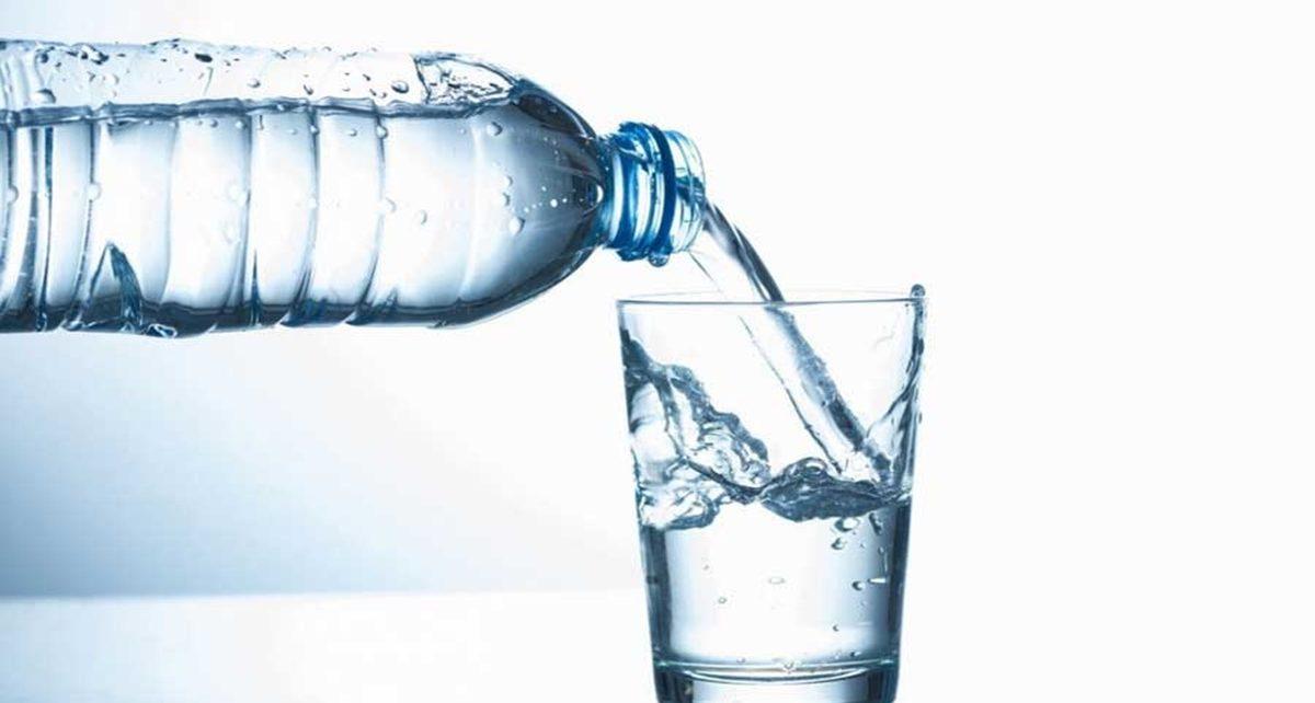 Pentingnya Minum Air Putih Di Saat Bulan Puasa