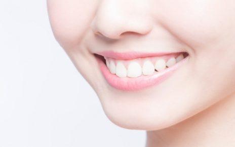 7 Cara Memutihkan Gigi