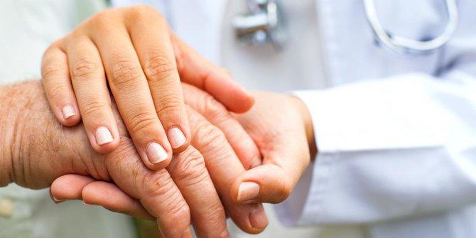 Penyebab Tanganmu Bergetar Tanpa Kamu Sadari