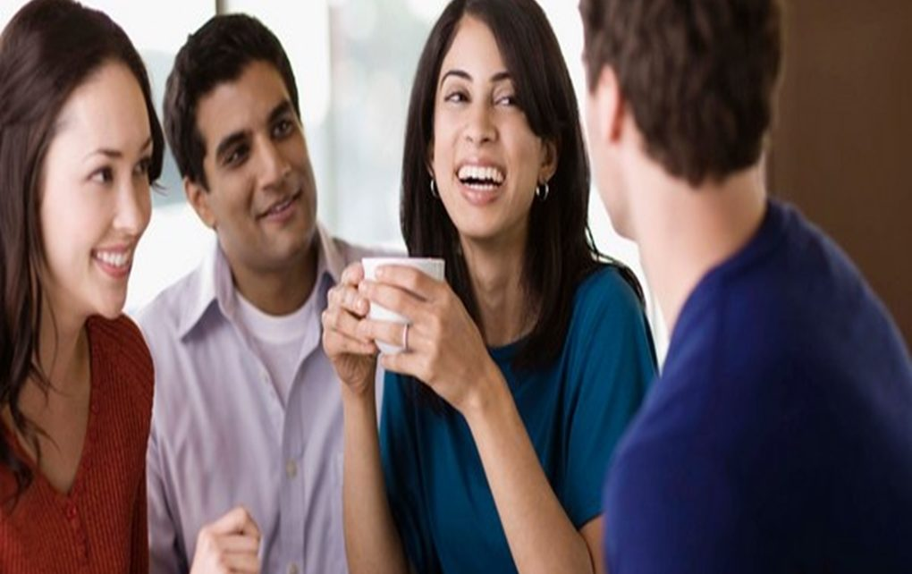 9 Cara Ampuh Mendapatkan Kesan Pertama yang Baik dari Teman Baru Anda